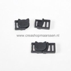 plastic buckle poes (2 stuks)